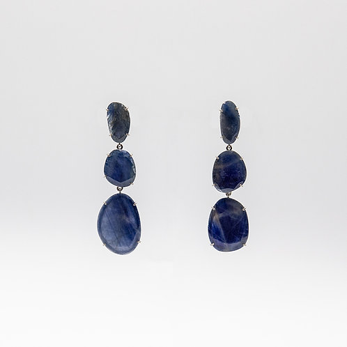 White Gold Earrings with Flat Cut Sapphires