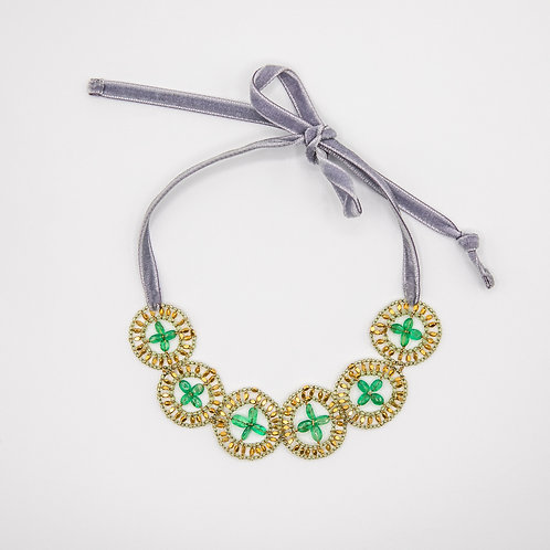 Ziio Velvet Short Necklace with Drop-Shaped Emeralds