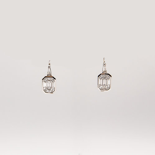 Illusion-Setting Diamond Earrings in White Gold