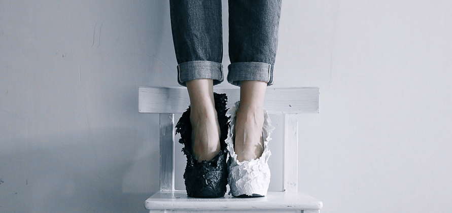 web black white heel 2