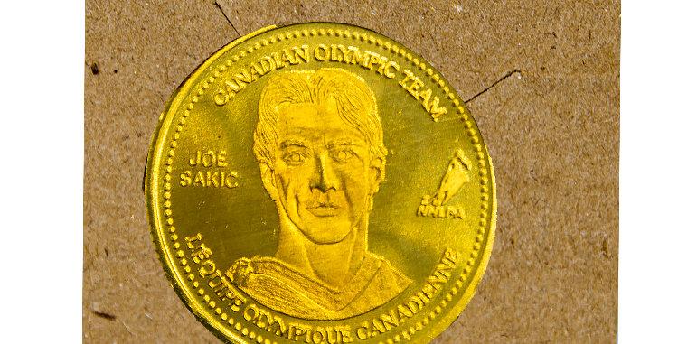 Coin Olympic Coke Hockey Joe Sakic