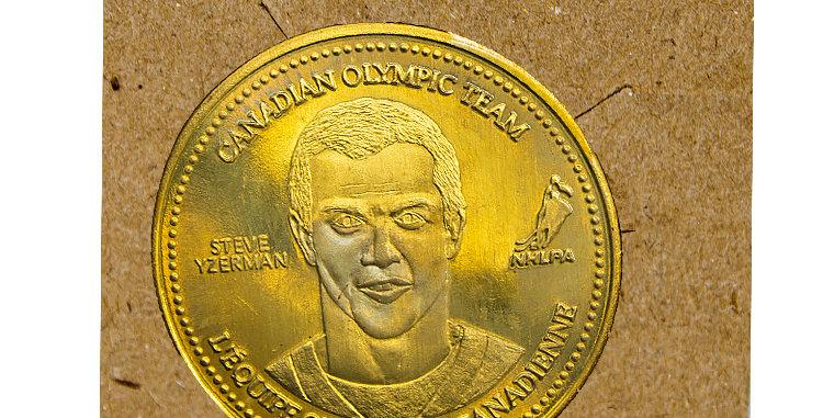 copy of Coin Olympic Coke Hockey Steve Yzerman