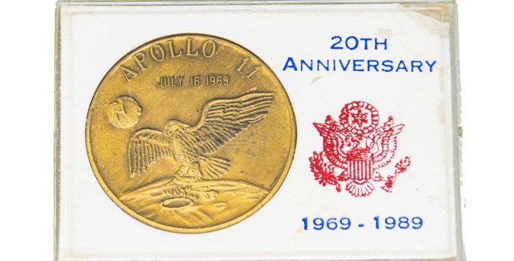 Coin 20th Anniversary Apollo 11 coin 1989