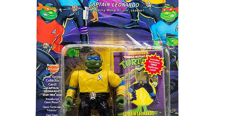 Star Trek Teenage Mutant Turtles Action FIgure Captain Leonardo Playmates Toy