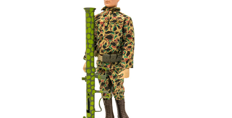 GI Vintage Green Beret in Camo Uniform