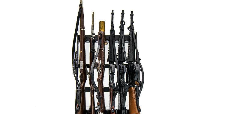 GI Joe Vintage Action Man Rifle Rack Vintage