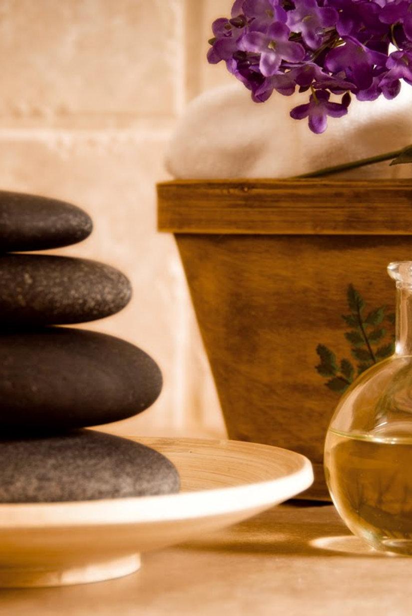 Hot Stone Massage 30min