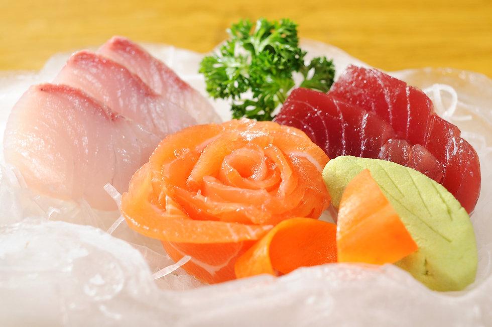 sashimi set.jpg