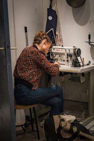 Atelier Toolbox, cours de sellerie-maroquinerie