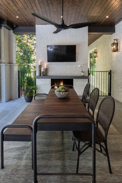 Lower Outdoor Dining Fireplace