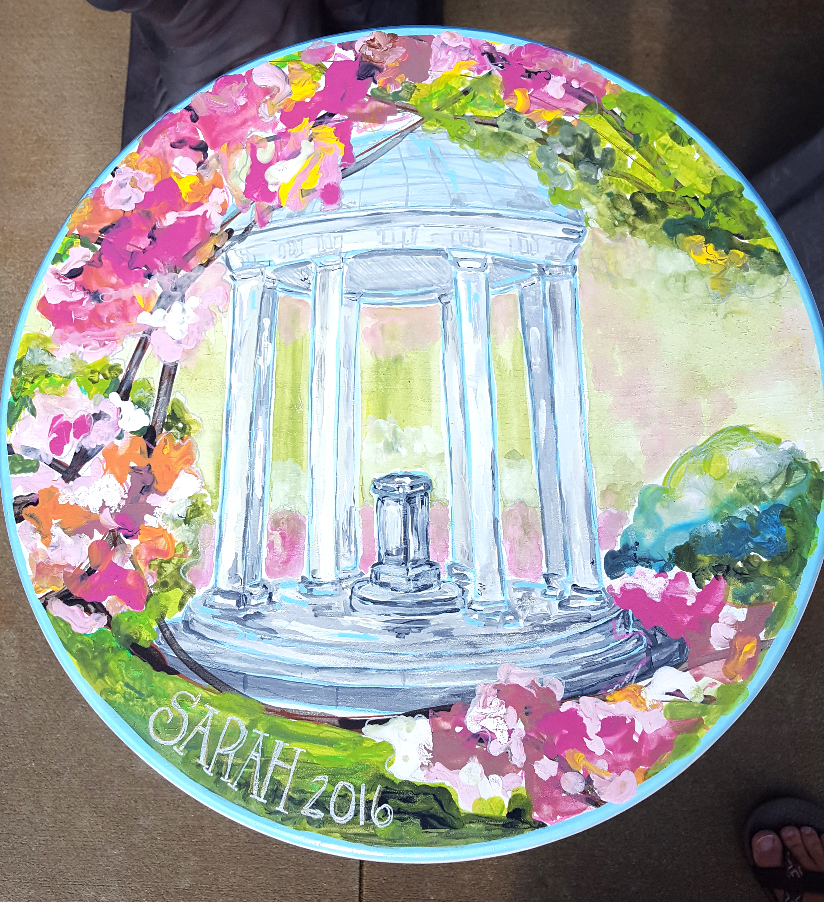 NC Debutante Stool-UNC Old Well