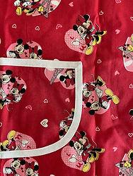 Kinderschürrze-Mickey-verliebt.jpeg