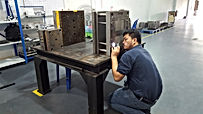 plastic mold production troubleshoot Thailand タイで金型問題調査