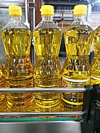 Blow mold, blow molding in thailand, standard cooking oil bottles, PET bottles
