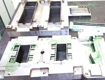 タイで金型作成mold insert fabrication in thai