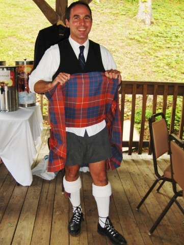Kilt-flasher