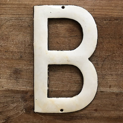 Lettre émaillée B