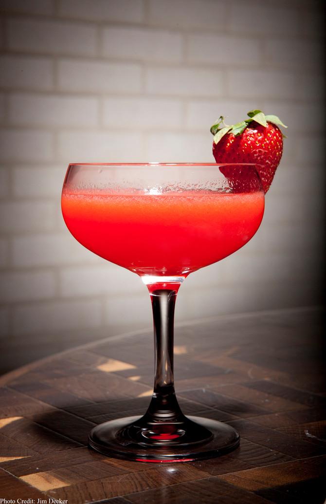 5 drinks super refrescantes para fazer no verão