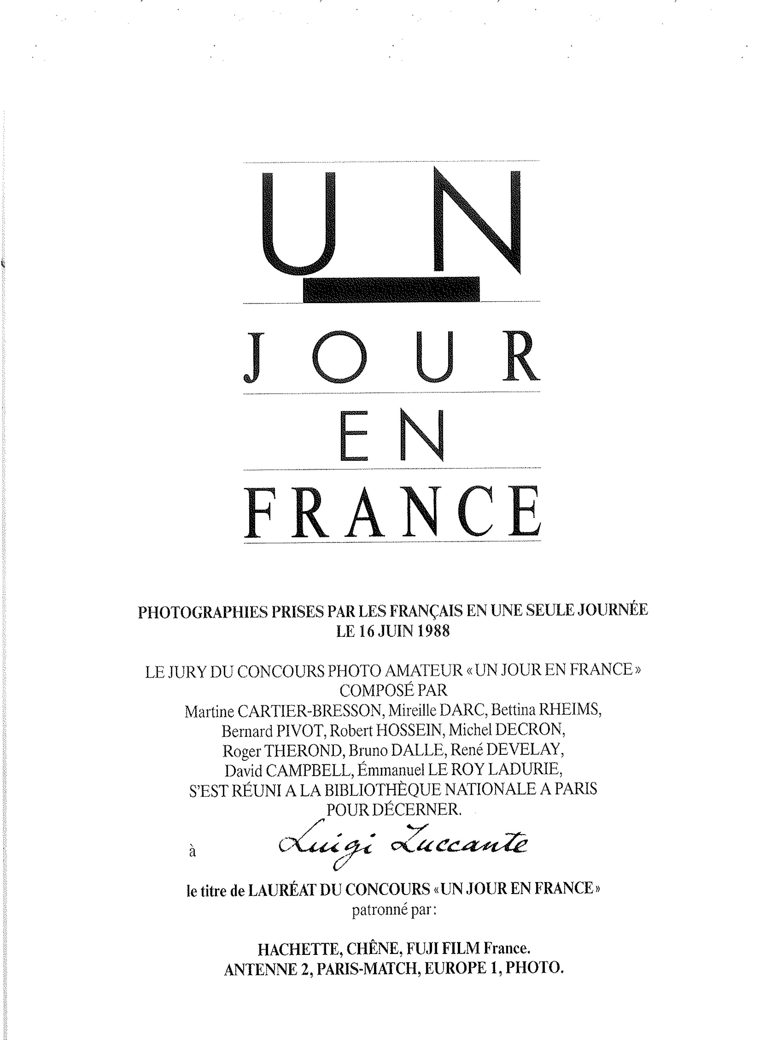 Un Jour en France Hachette