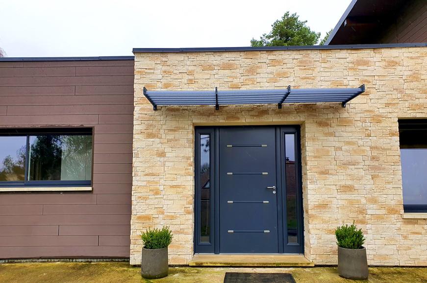 Porte d'entrée aluminium Bel'm, modèle Zen.