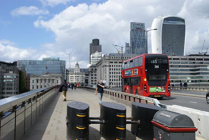 London_Bridge_security_barriers.jpg