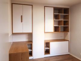 bílý byt a pracovna, pokoj pro hosty s k