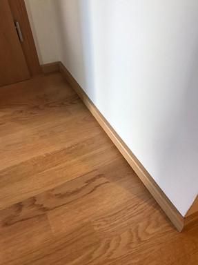 dubová podlaha medová.jpeg