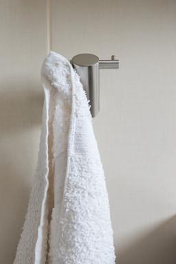 koupelnové doplňky  - háček Ovale.jpg