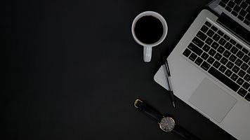 Deadline Constricts Deliberation