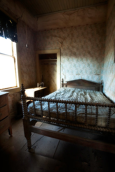 Old Bed, Bodie, California, USA SP_125usa
