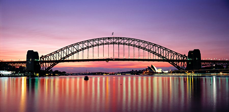 Sydney Harbour Bridge and the Sydney Opera House at dawn