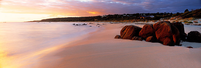 Eagle Bay Beach at sunrise, Cape Naturaliste, South Western Australia