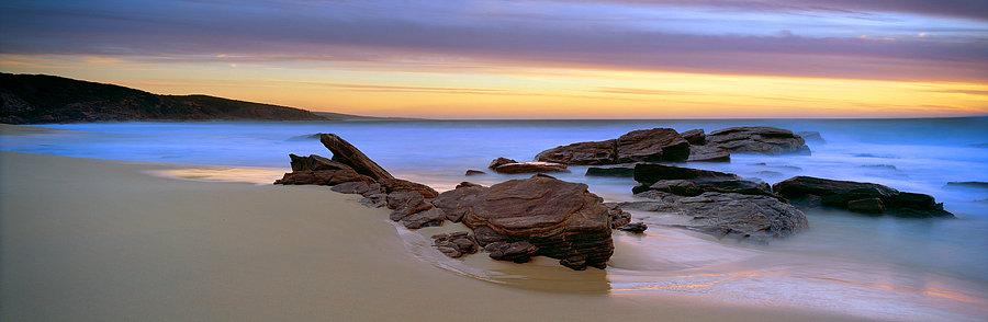 Mitchel Rocks beach, Injidup, South Western Australia