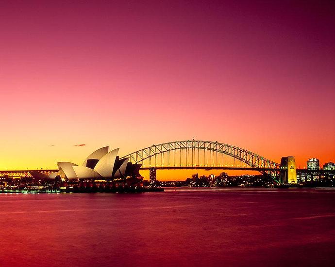 Dusk over the Sydney Harbour Bridge and Opera House, Sydney, NSW, Austra