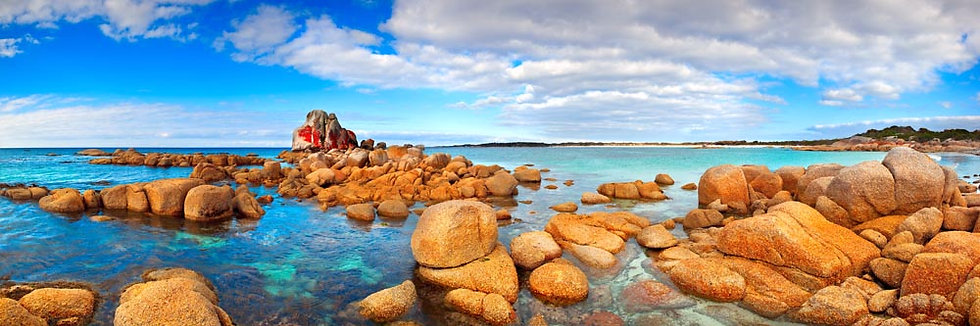 Beer Barrel Beach, St Helens, Bay of Fires, Tasmania