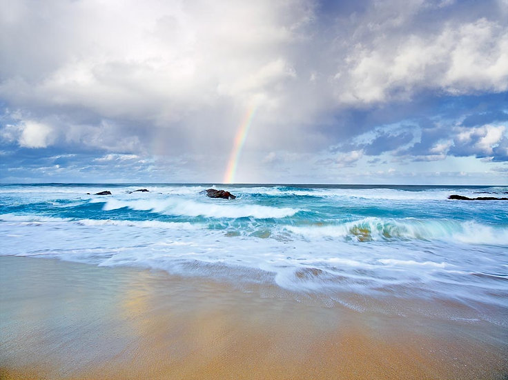 Rainbow and Swell at Honeycombs, Margaret River region, South Western Australia