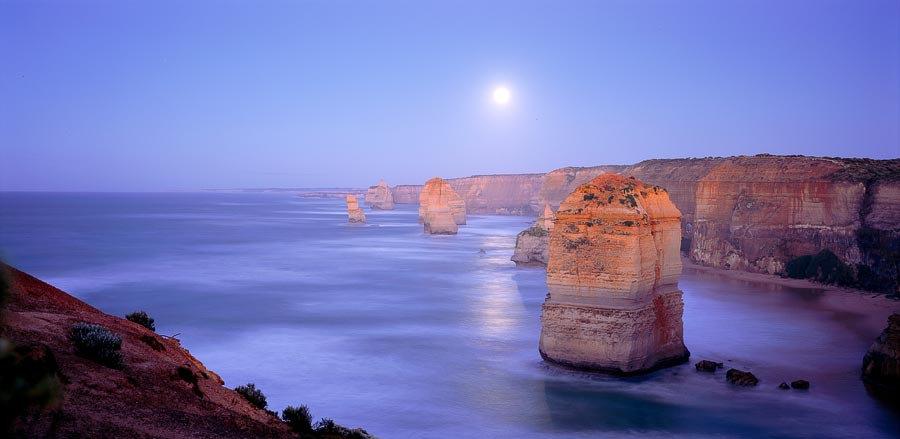 The Twelve Apostles by moonlight, Great Ocean Road, Victoria, Australia