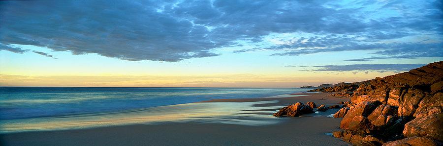 Mitchell Rocks Beach, Injinup, South Western Australia