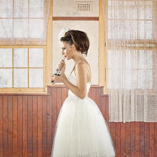 Vintage Clothing, White dress, Beautiful Woman Portrait