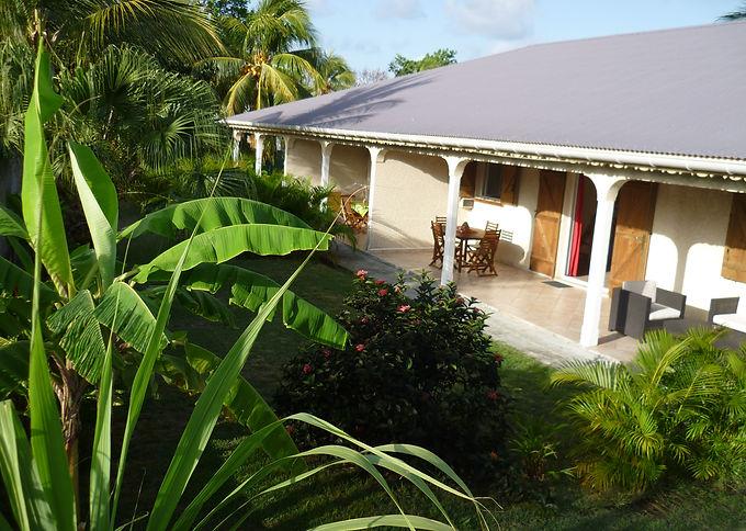 Soleil_Guadeloupe_Ti-Soleil_séjour_001.J