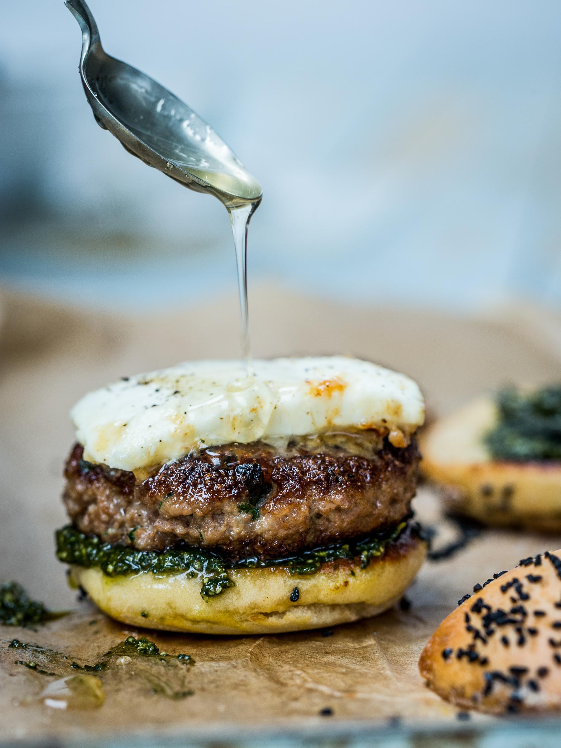 """Food-Fotografie """"Burger"""", Stefan Schmidlin Fotograf Basel; Bild 4.jpg"""