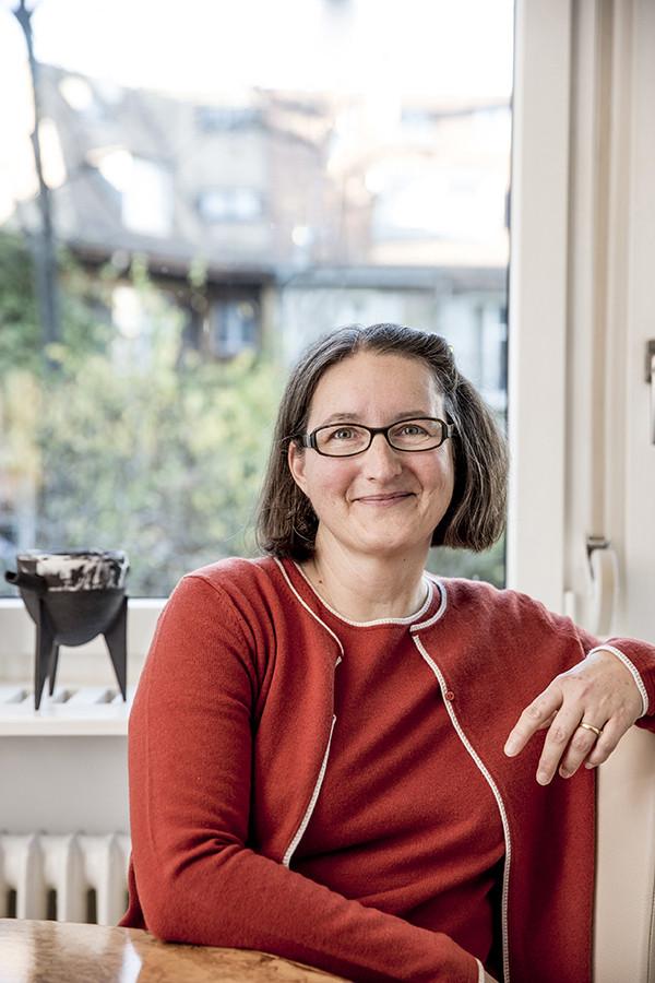Neues Porträt für Keramik Künstlerin Evelyne Schönmann-Tondelli