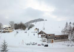 Les Pistes de Ski en face du Brabant