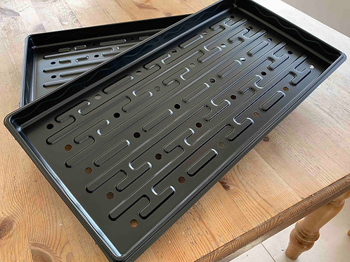 1020 (26cm x 51cm) shallow (3cm) seed trays with drainage holes