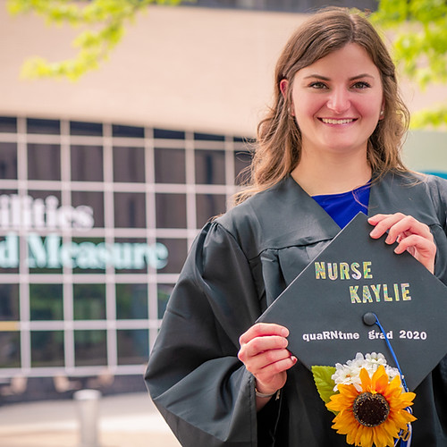 Kaylie's Graduation Photoshoot