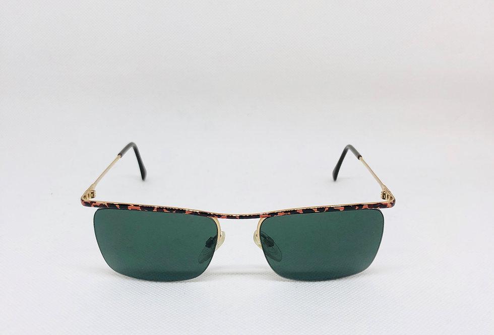 LUXOTTICA gep 18k 1148 c001 135 vintage sunglasses DEADSTOCK