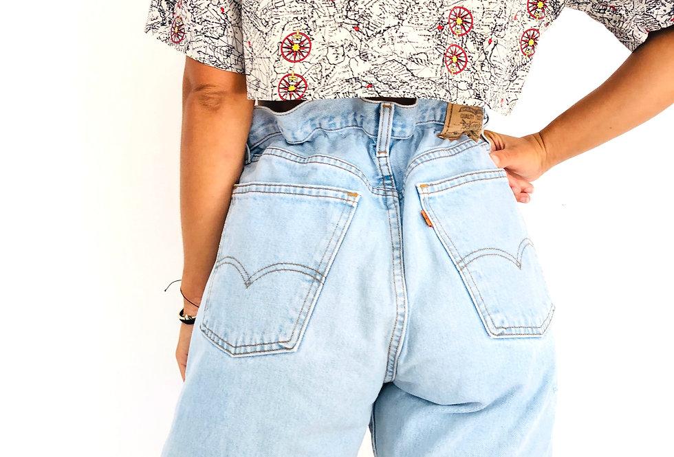 shorts-caramella-levis-jeans-denim-lunghi-vintage