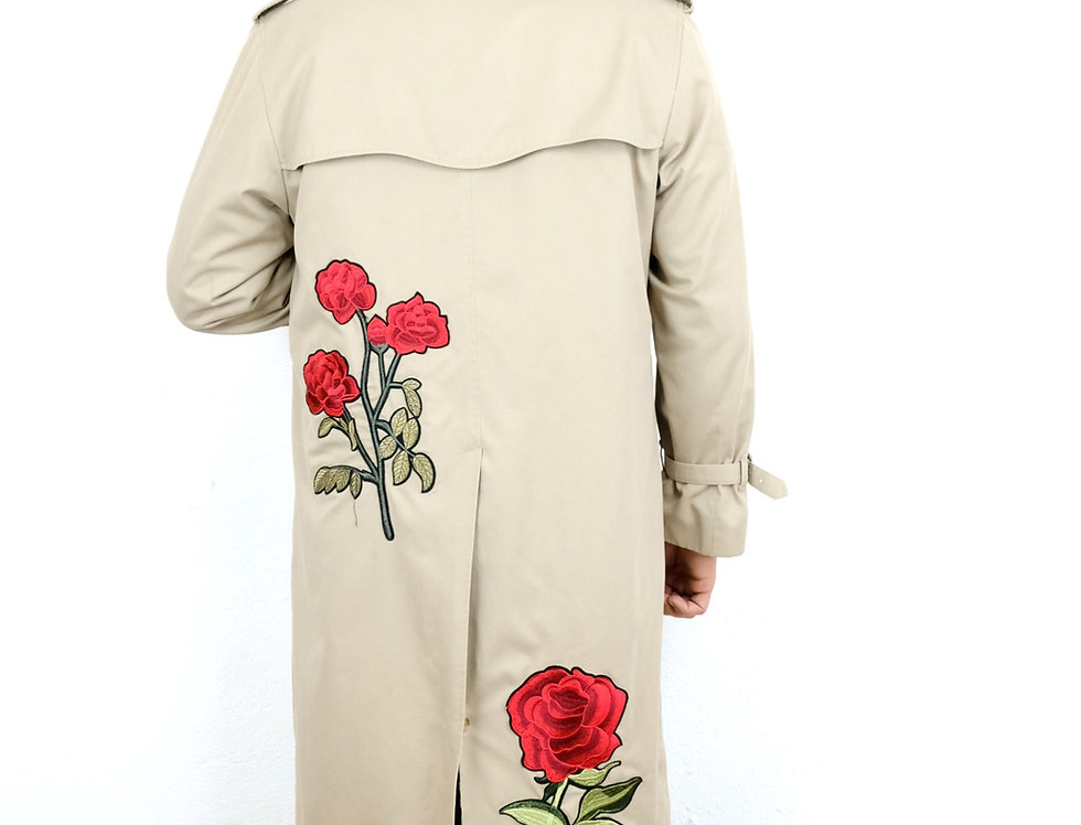 trench-burberry-customizzato-rose-vintage