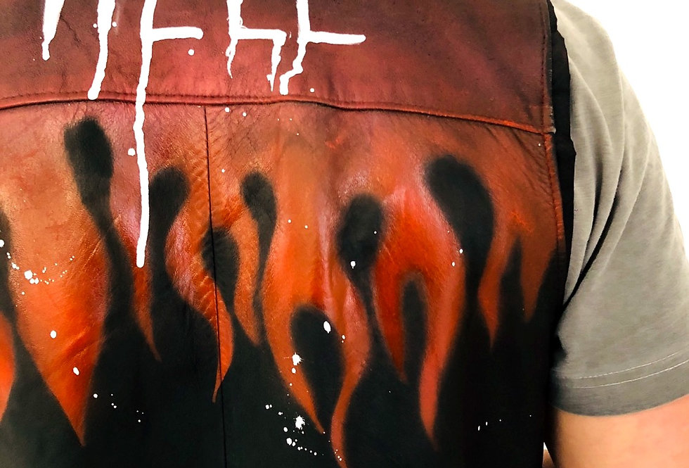 gilet-pelle-hell-dipinto-vintage