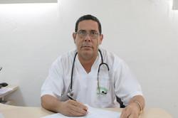 أخصائي أمراض باطنية